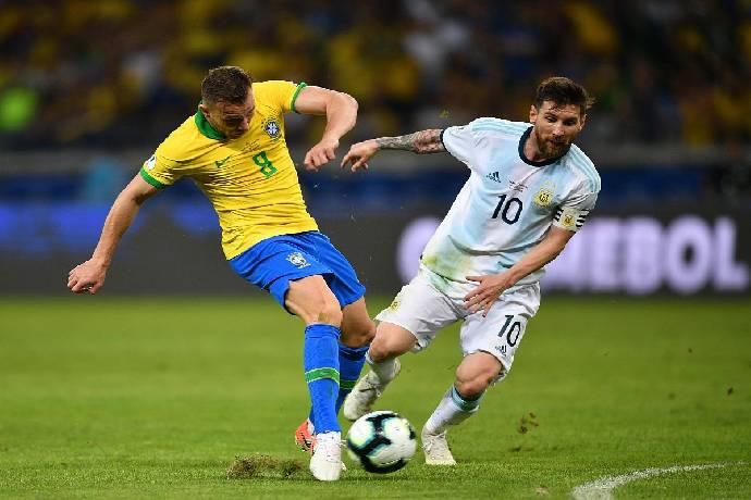Prediksi skor pertandingan Argentina vs Brasil 7h